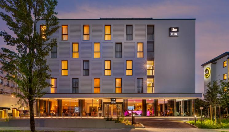 check-in the niu fury hotel